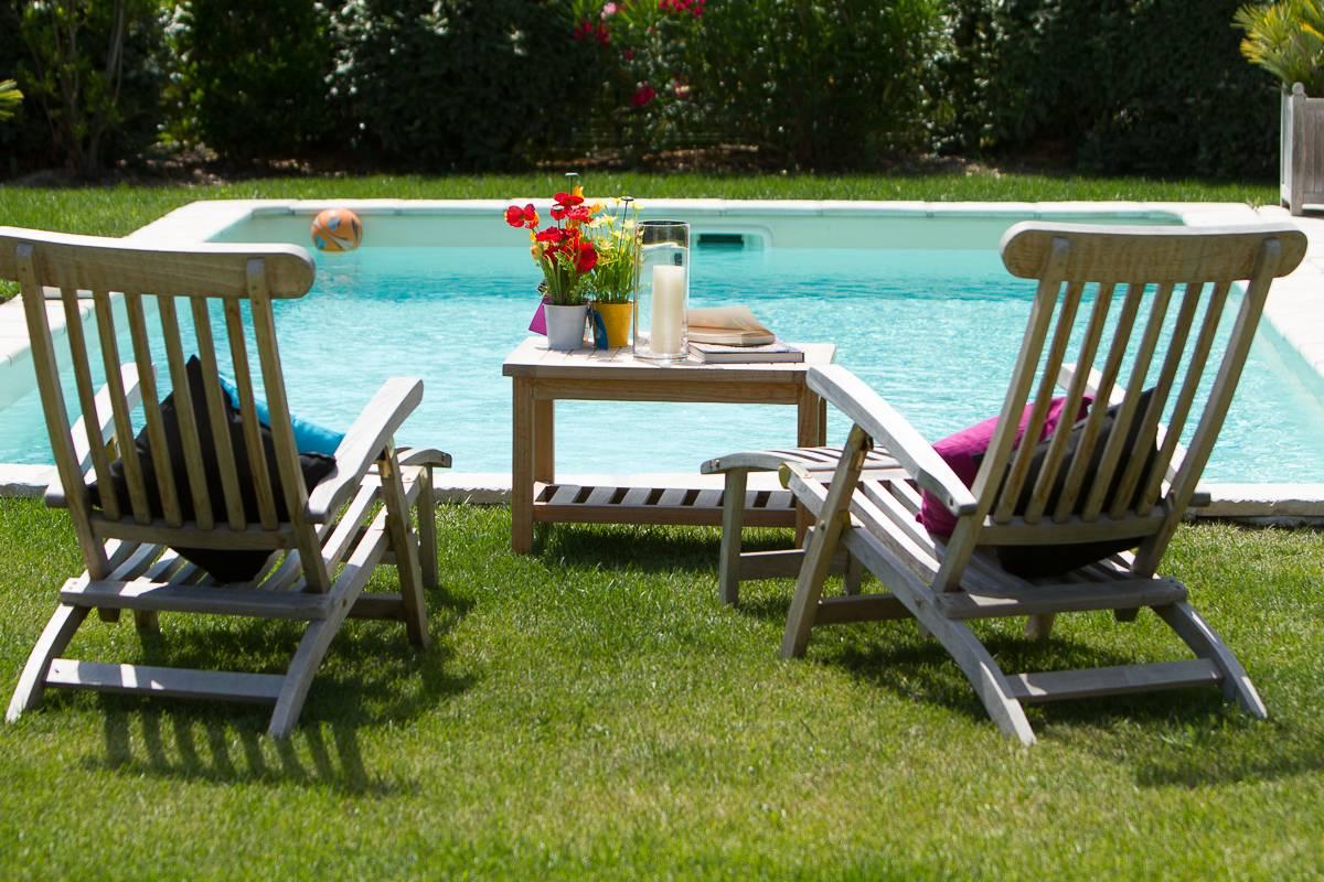 Villa avec piscine dans le domaine de pont royal t5 entre for Camping dans le luberon avec piscine