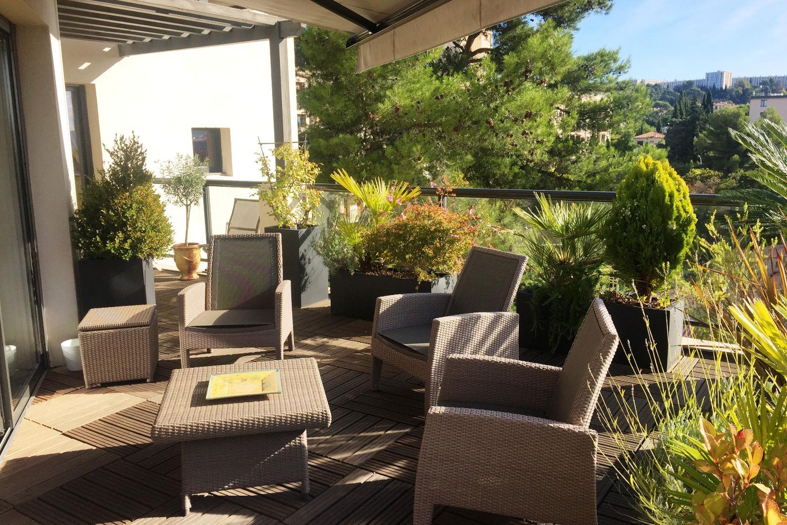 Vente maisons et appartements de prestige provence c te d 39 azur john cheetham immobilier - Salon immobilier aix en provence ...