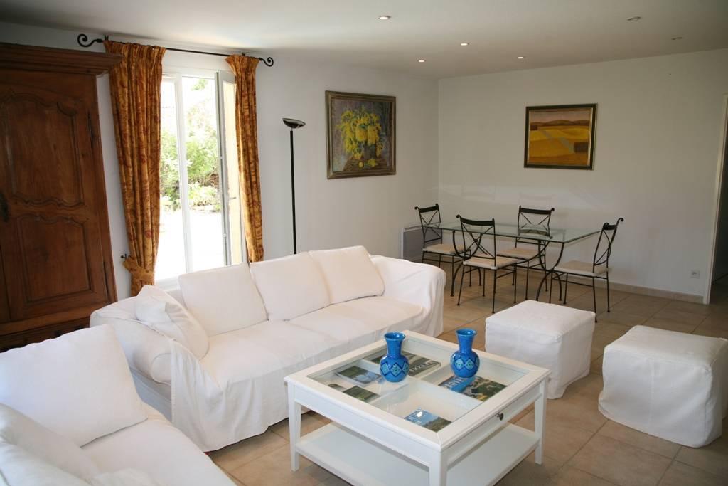Villa Chaleureuse & Lumineuse