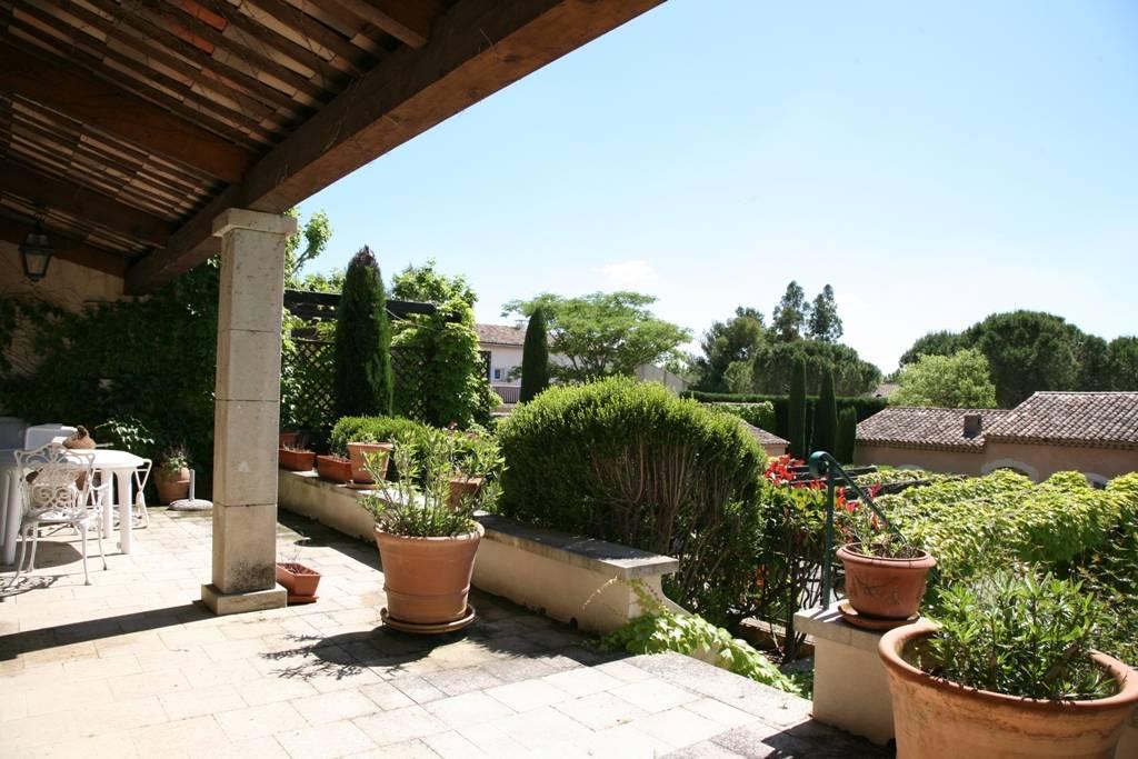 Dans un Ecrin de Verdure, Villa de 3 chambres