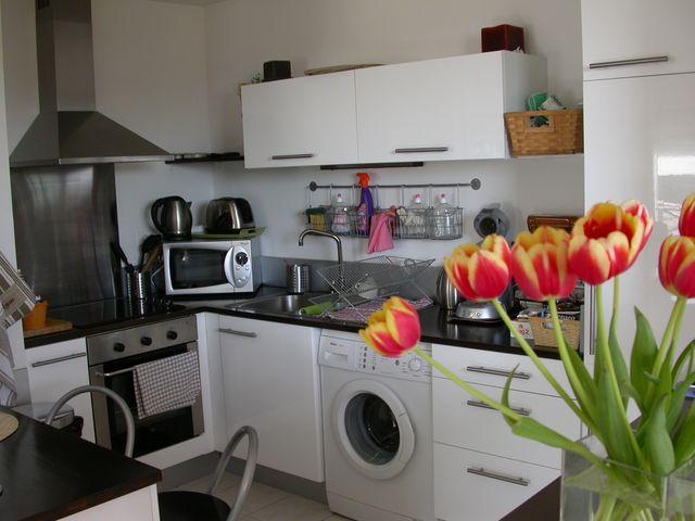 Beautiful appartement top floor at lambesc near aix en for Top garage aix