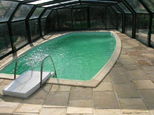 Villa avec piscine a saint esteve de janson john for Piscine st esteve