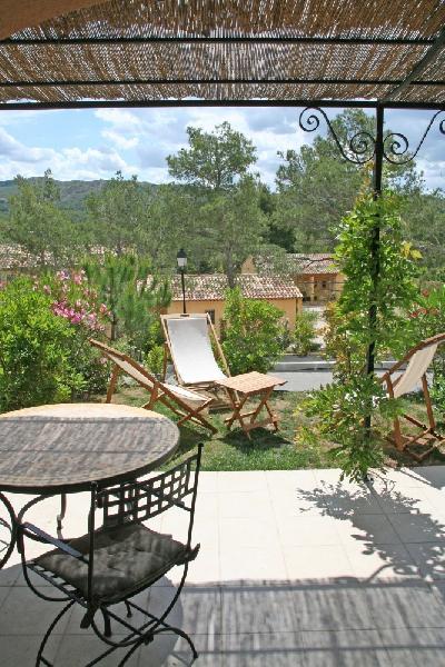 charming villa in pont royal golf resort near aix en provence and tgv real estate pont royal. Black Bedroom Furniture Sets. Home Design Ideas