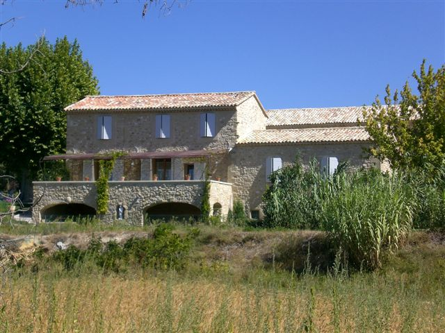17th century farmhouse in the heart of the luberon real estate pont royal luberon john cheetham - Pont royal en provence office du tourisme ...