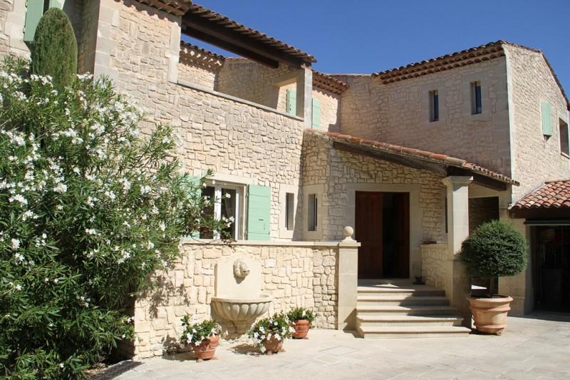 a vendre villa neuve avec 4 chambres sud de la france john cheetham immobilier. Black Bedroom Furniture Sets. Home Design Ideas