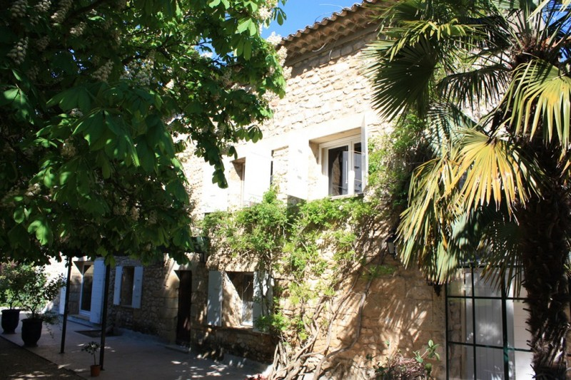 how to get from avignon to aix en provence