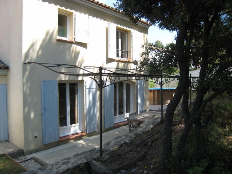 Villa dans le domaine du golf de pont royal trois chambres for Garage location pont
